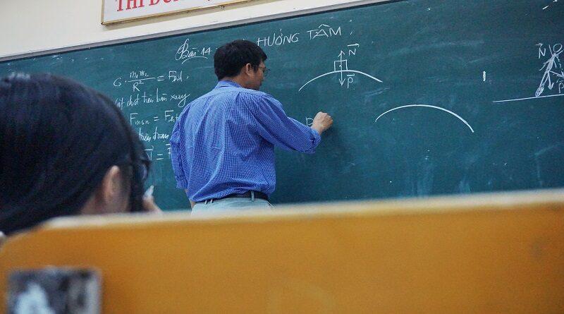 Postgraduate Courses in Physics
