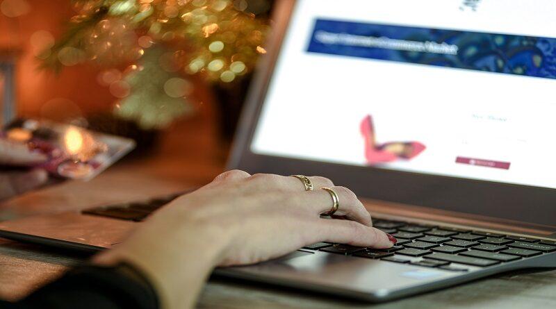 Postgraduate courses in E-Commerce